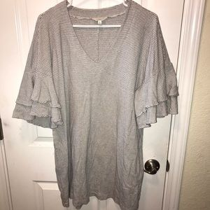 Lucky Brand V neck tunic T shirt layered sleeves M